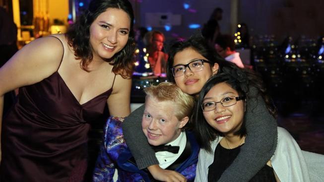 NBC4 Los Angeles - renal teen prom - 1