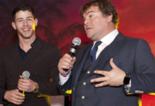 view prom pictures - renal teen prom - jack black - nick jonas